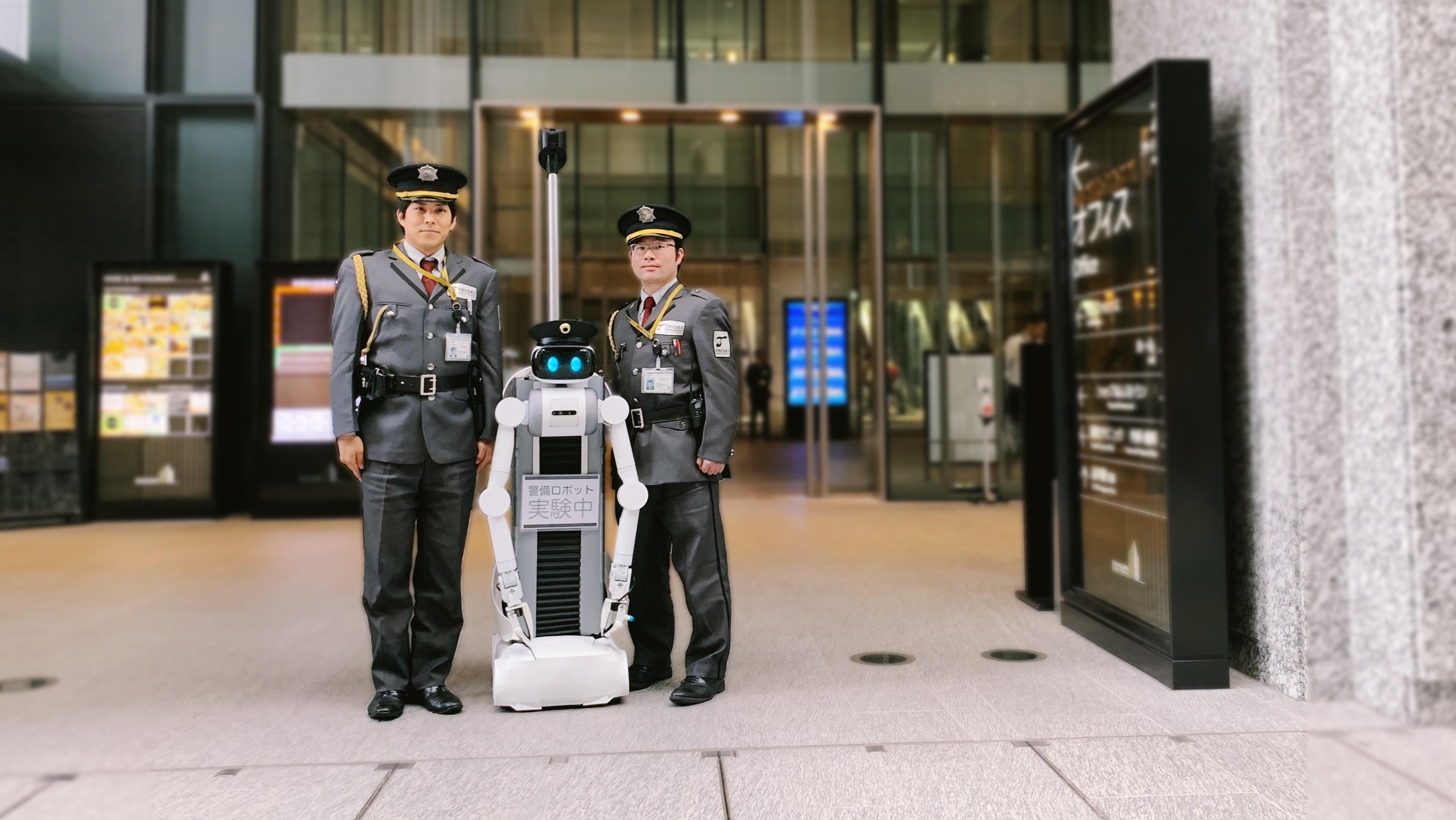 """アバターロボット """"ugo"""" によるビル警備実証実験を実施"""
